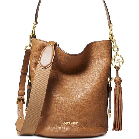 MICHAEL Michael Kors Handbags - NWT Michael Kors Pebble Leather Shoulder Bag